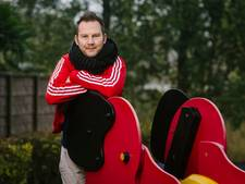 Vleutenaar Ernst Suur in De Reünie: 'Ik sliep in sluimerstand, met een rugzak naast mijn bed'