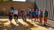 Stad en wijkbewoners betalen voor nieuwe petanquebanen in Oudenburg