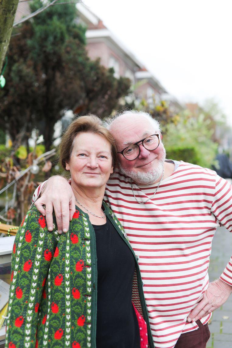 Ruud Sondervan (67) met zijn vrouw Lucy (64). Beeld Eva Plevier