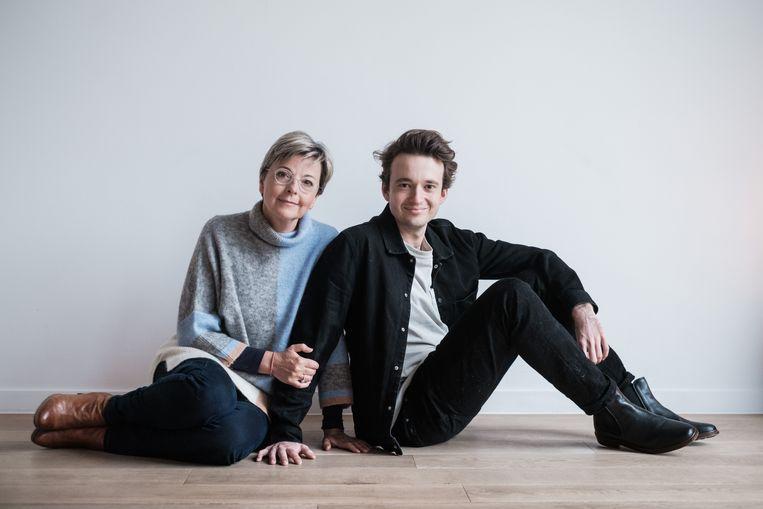 Ingeborg en zoon Robin. Beeld Bob Van Mol