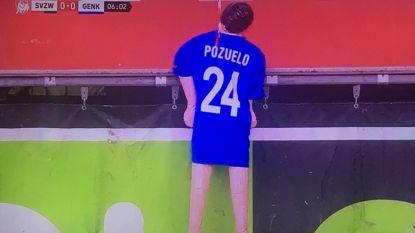 """POLL. Racing Genk vindt opgehangen pop van Pozuelo """"totaal onaanvaardbaar"""". Wat is uw mening over actie van Genk-fans?"""