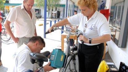 Politiezone TARL kan nu ook zelf fietsen graveren