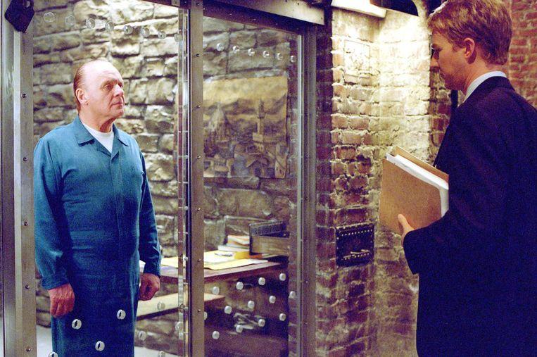 RED DRAGON    film (VS, 2002) van Brett Ratner    met : ANTHONY HOPKINS AS (DR. HANNIBAL LECTER) AND EDWARD NORTON AS (FBI AGENT WILL GRAHAM)    K26465 ES  SUPPLIED BY:GLOBE PHOTOS, INC . Beeld GLOBE PHOTOS, INC .  ammb
