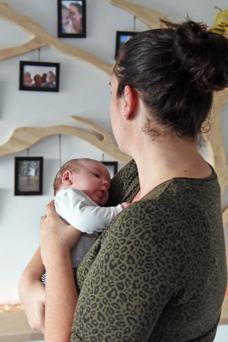 Een jaar geleden verloor Sanne haar twee kinderen: 'Elke morgen hoop ik dat ik ze weer hoor roepen'