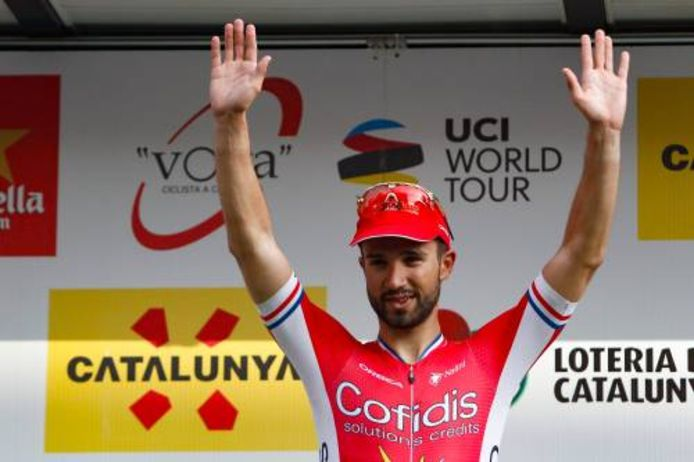 Bouhanni na een rit in de Ronde van Catalonië.