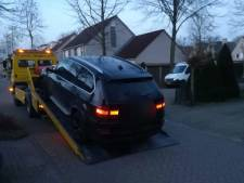 Man (31) raakt BMW kwijt na aanhouding in Enschede