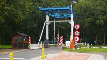 Postelsebaan half jaar lang afgesloten voor nieuwe ophaalbrug