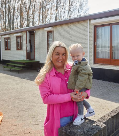 Osse Paula wisselde graag van woonwagen met haar zoon: 'We zijn er wel wat op achteruit gegaan'