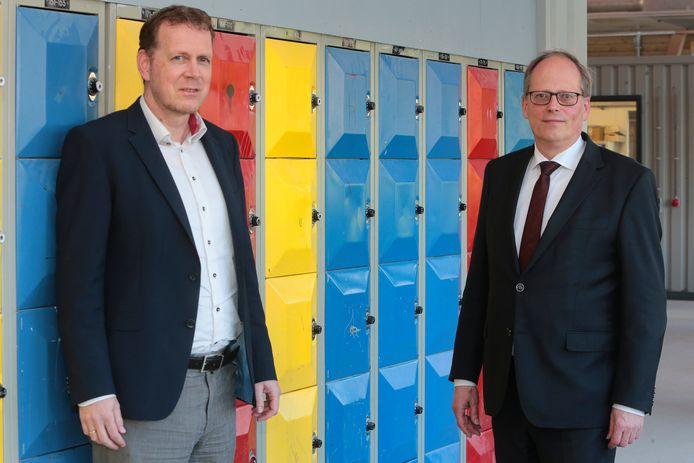 Directielid Jan-Willem Arkeraats (links) en bestuursvoorzitter Chris Flikweert van het Gomarus in Gorinchem.
