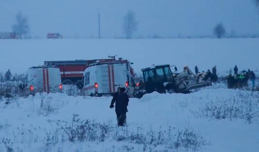 Hulpdiensten op de crashsite.