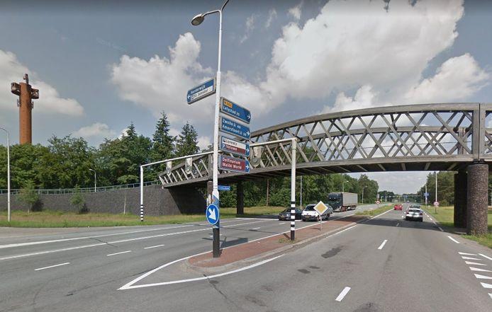De fietsbrug bij Van der Valk in Harderwijk.