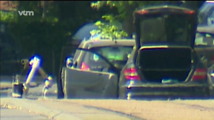 De Belgische explosievenopruimingsdienst trof in de auto een ontsteker aan.