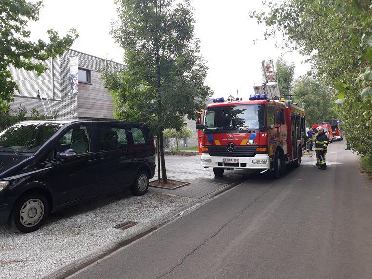 De brandweer kwam meteen ter plaatse, de schade bleef vrij beperkt.