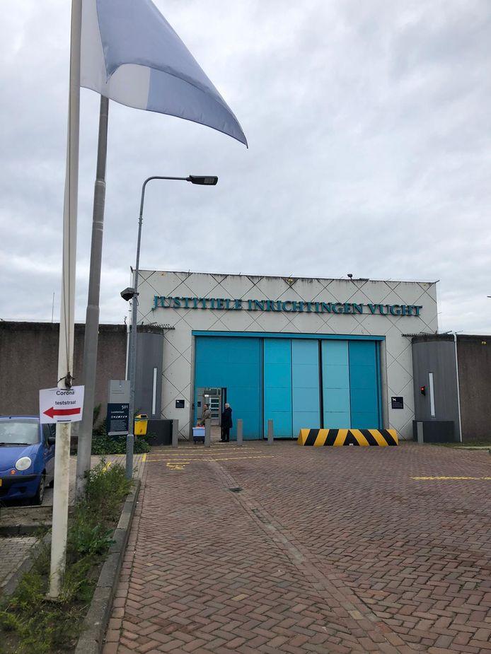 De PI Vught heeft vandaag een eigen 'coronateststraat' geopend.