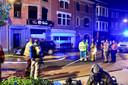 De brand vernielde de keuken, linksboven op de eerste verdieping boven het gloednieuw wokrestaurant.