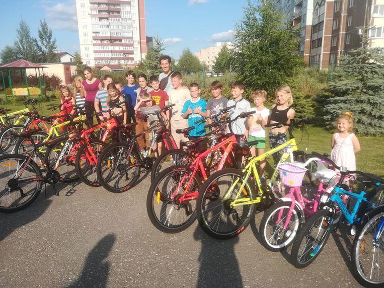 Momenteel verblijft Dilbekenaar Maarten van Middelem in het Russische Pskov, om fietsen aan het plaatselijke weeshuis te schenken.