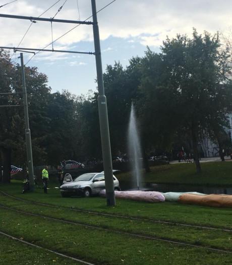 Auto ramt kunstwerk Eendrachtsweg na achtervolging