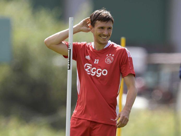 Steven Berghuis tijdens de training van Ajax.