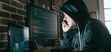 Helmond wijst inwoners op gevaren cybercrime: 'Het smerige aan deze criminelen is dat ze op je gemoed werken'