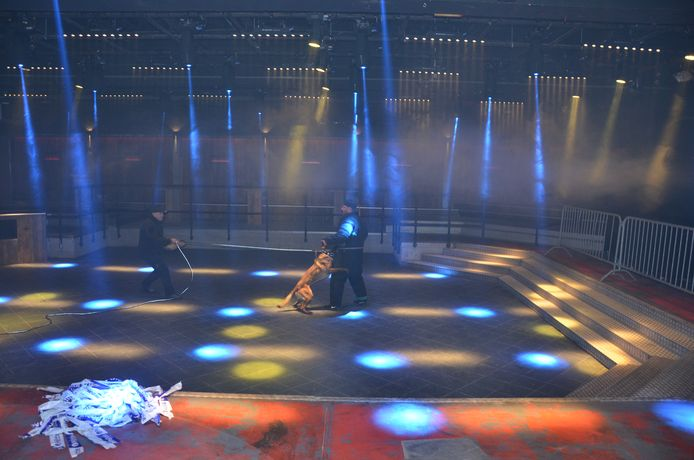 De politiehonden kregen een opleiding op de dansvloer van Radar, de voormalige Cherry Moon.