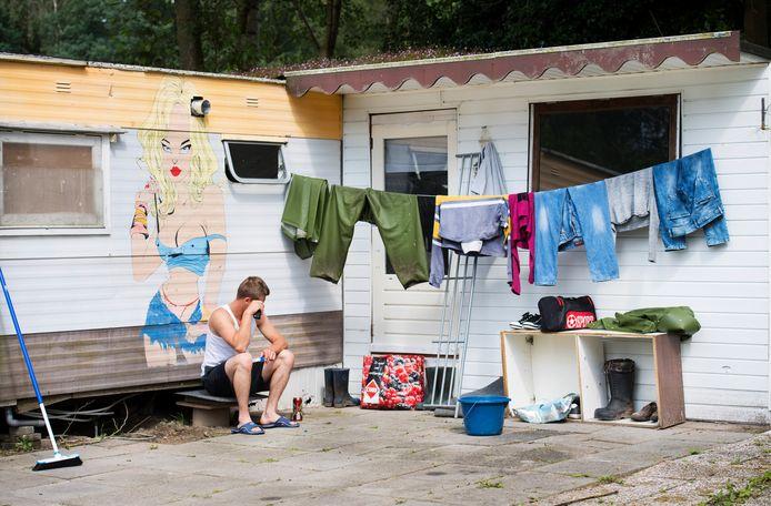 Huisvesting van Poolse arbeidsmigranten op een recreatiepark in Rijsbergen, op een archiefbeeld uit 2016.