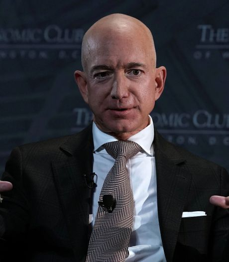 Jeff Bezos revend à nouveau un paquet d'actions Amazon