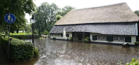 Noodweer zorgt voor overlast in Oost-Nederland
