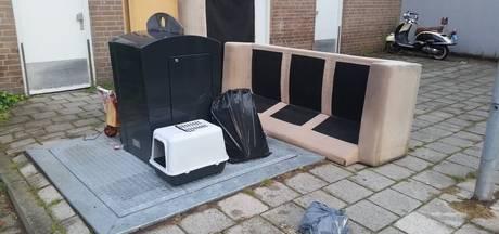 'Complete' huisinventaris gedumpt achter flat in Uden, BOA zoekt lomperik