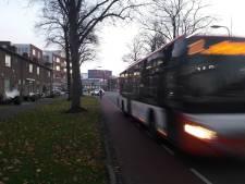 Petitie voor verlaging snelheid op Kwekersweg: 'Ze rijden hier als gekken'
