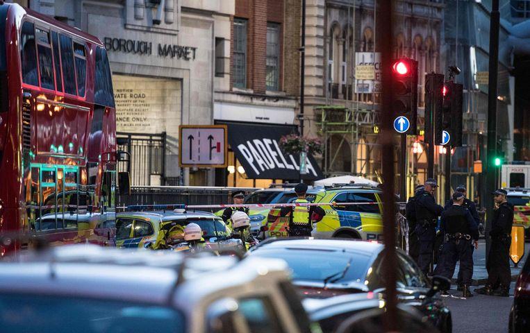 Borough Market, waar de daders uitstapten en meerdere mensen neerstaken. Beeld AFP