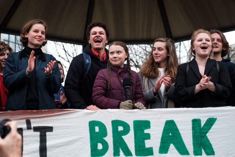 Voor de eerste keer trekken de spijbelende studenten in een nieuwe klimaatmars door het centrum van Antwerpen. Opnieuw onder leiding van  in het bijzijn van de Zweedse Greta Thunberg en Anuna De Wever.