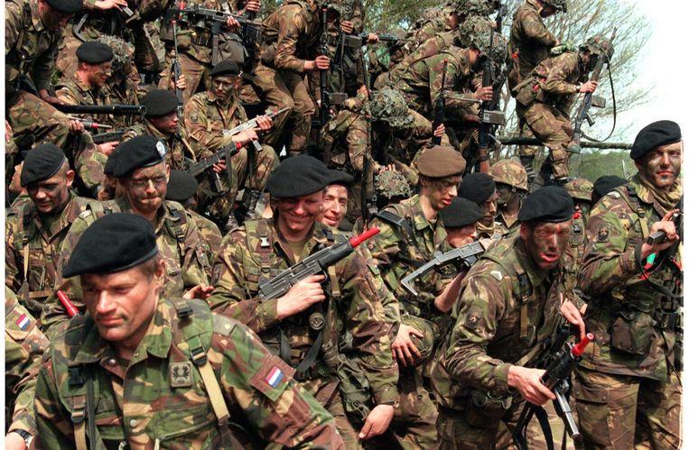De laatste lichting dienstplichtigen tijdens hun laatste training in 1996. Beeld ANP
