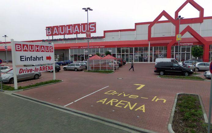 Het Duitse bedrijf Bauhaus komt naar Nederland. Het bedrijf, dat spullen verkoopt voor werkplaats, huis en tuin, opent een vestiging op bedrijventerrein Harnaschpolder.