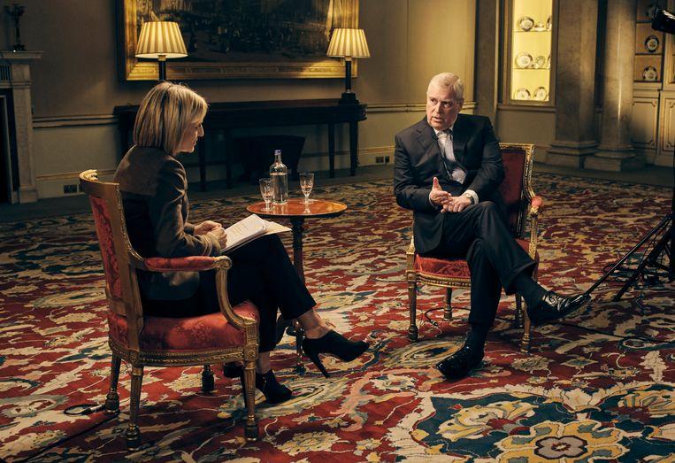 Emily Maitlis in gesprek met prins Andrew. Beeld AP