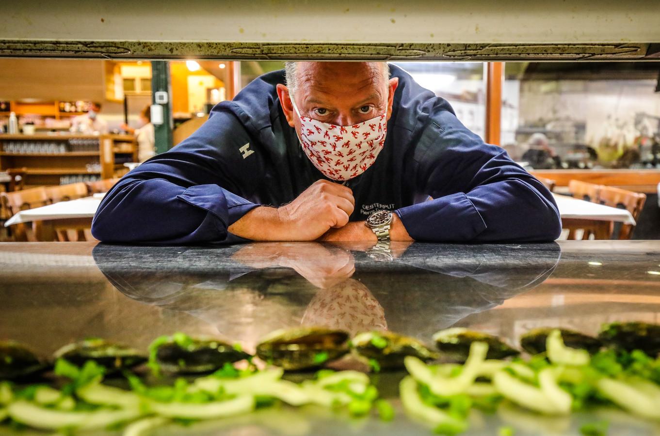 Piet Devriendt zal ook in Dubai zijn kookkunsten kunnen etaleren. Op het menu: kreeft en mosselen.