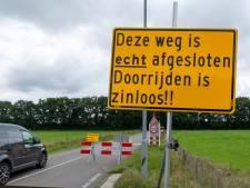Bouwbedrijf gooit Veluws dorpje volledig op slot: 'Aanrijding uitvoerder was voor ons de druppel'