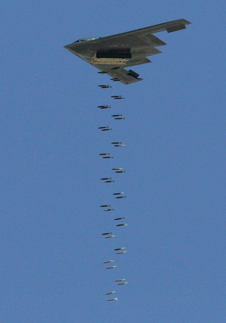 De Amerikaanse stealthbommenwerper B-2 Spirit van Northrop Grumman. Het bedrijf behoort tot de 28 ondernemingen wereldwijd die kernwapens produceren en moderniseren. Beeld Getty Images
