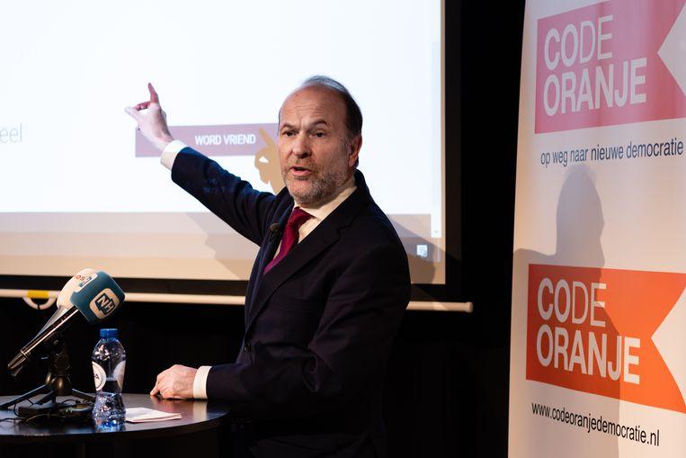 Bert Blase bij de presentatie van Code Oranje in Den Haag. Beeld Katja Poelwijk