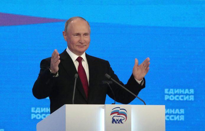 Le maître du Kremlin s'est exprimé pendant près d'une heure devant plusieurs centaines de hauts responsables réunis à Moscou lors du congrès du parti au pouvoir, Russie Unie.