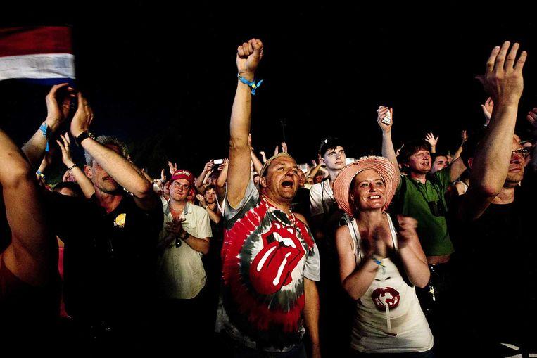 De 67.000 bezoekers gaan uit hun dak bij het optreden van The Rolling Stones. Beeld anp