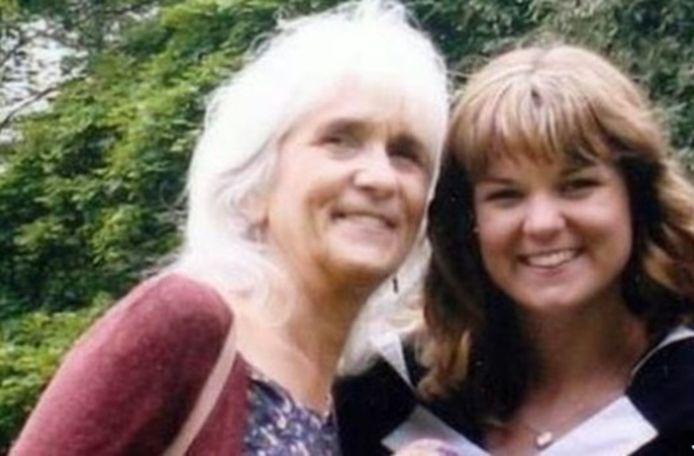 Jo Cameron met haar dochter Amy.