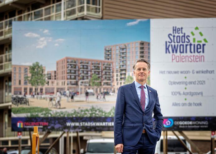 Wethouder Robin Paalvast (wonen) ziet dat met het stijgen van het aantal grote bouwplannen ook het gemor in de stad toeneemt. 'Er is niet veel ruimte, dus moeten we de hoogte in.'