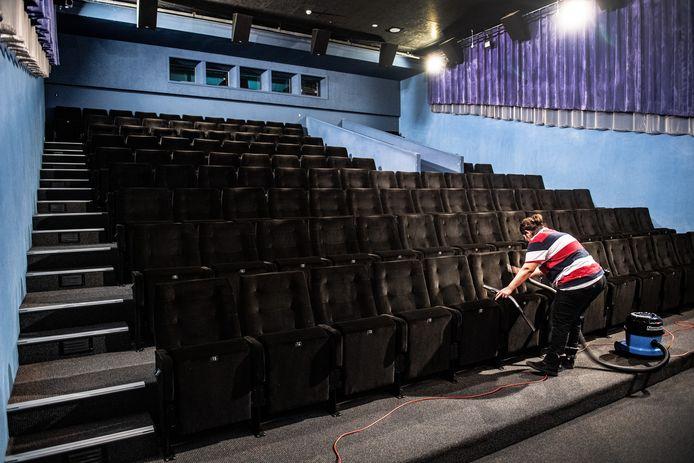 Een bioscoopzaal van Lux in Nijmegen.