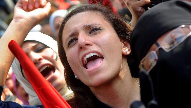 Vrouwen demonstreren op het Tahrirplein. Beeld epa
