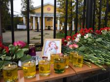 Après la tuerie dans une université en Russie, le choc et le deuil à Perm