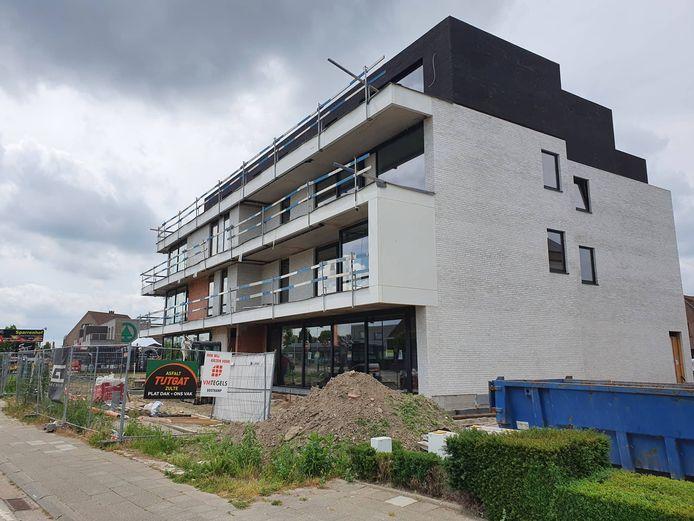In de Lostraat wordt wel een nieuw appartement gebouwd.