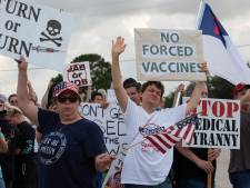 Jennifer raakt haar baan kwijt omdat ze geen vaccin wil: 'Dit pakt ons onze rechten en vrijheden af'
