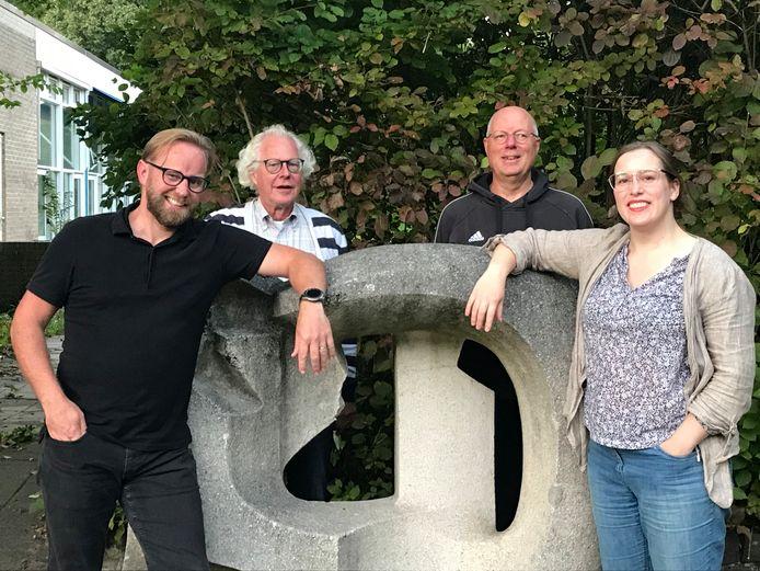 Het nieuwe bestuur van GroenLinks Hengelo. Van links naar rechts: Henro Veijer, Henk Marijt, Victor Schmidt en Charlotte Bax.
