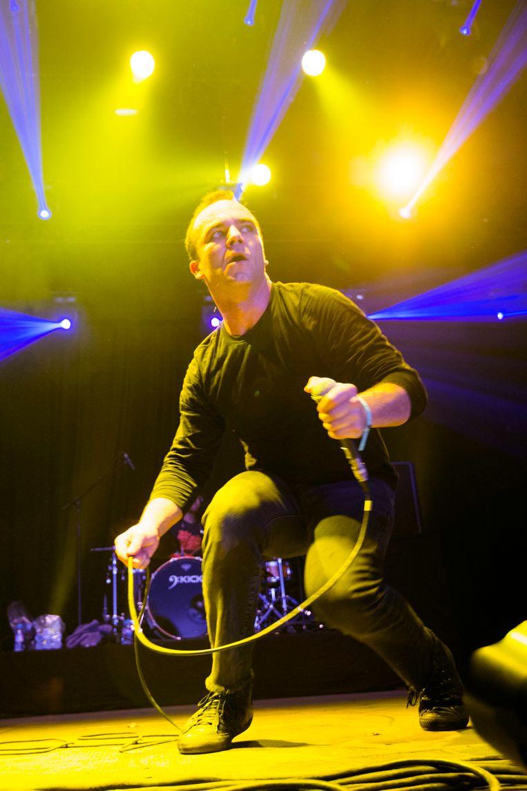 Future Islands-frontman Samuel T. Herring op Dour in 2014. Beeld Alex Vanhee