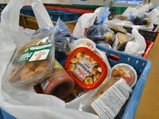 Voedselbank Haaglanden krijgt hulp van defensie